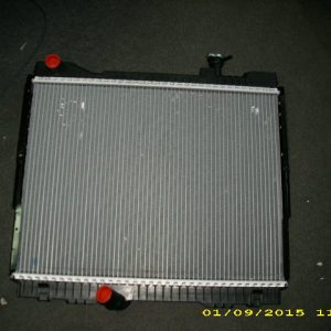 53 radiator apa Renault Maxity (1)